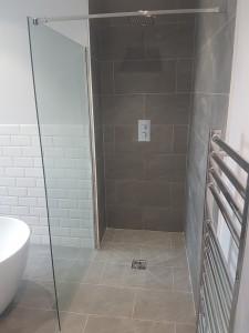 Bathroom Refurbishment 2